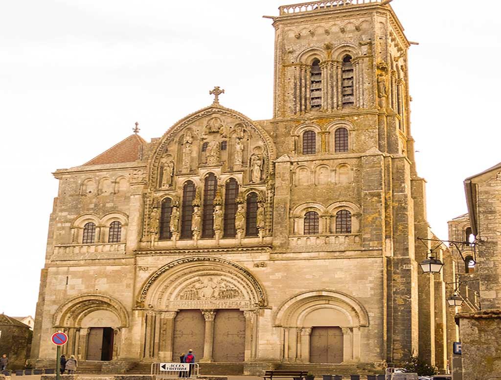 Vezelay Abbaye Sainte marie magdalena